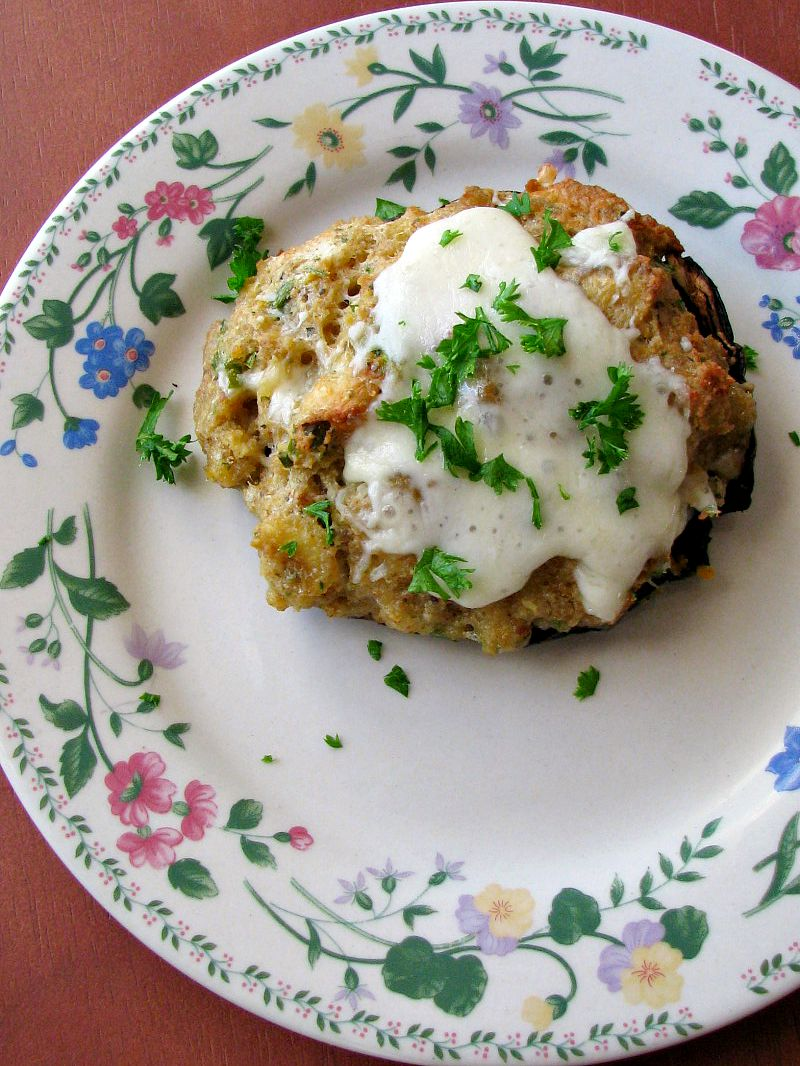 These Clam Stuffed Portabella Mushrooms are made like a copycat ...
