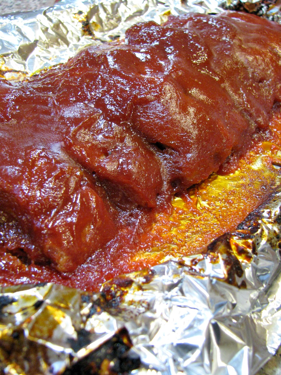 Boneless barbecue country style ribs with a homemade sweet and spicy barbecue sauce made with no preservative ketchup, brown sugar, and cayenne pepper.